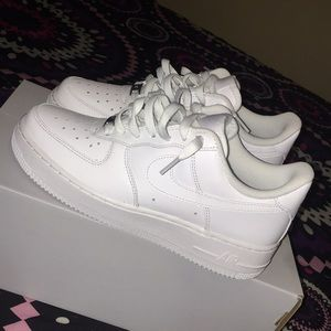 all white nike air forces